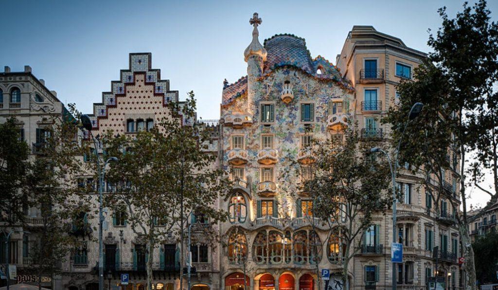 Los monumentos modernistas de Barcelona a mitad de precio