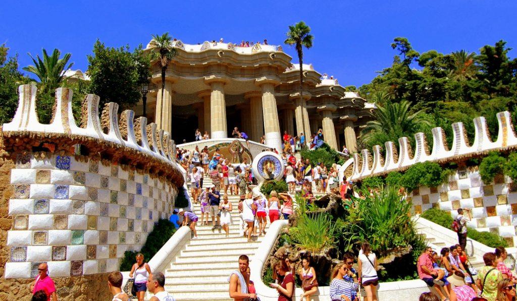 Este estudio analiza el impacto del turismo en Barcelona en 2030