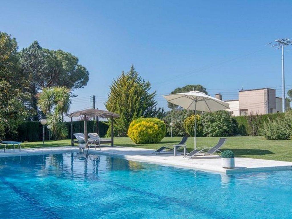 ¿Te imaginas una plataforma para alquilar piscinas al estilo Airbnb? Ya existe en Barcelona