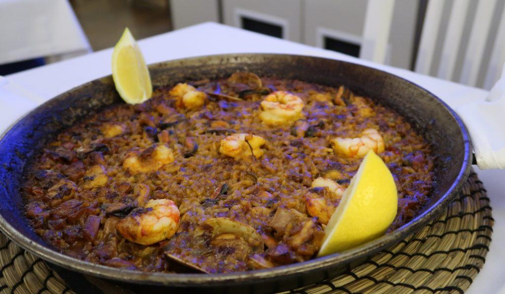 L'Àmfora: cómo hacer una paella en Barcelona y satisfacer a un valenciano