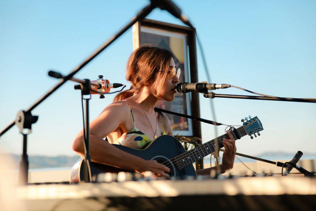 Live the Roof & Coca-Cola Signature Mixers ponen la banda sonora a los atardeceres de Barcelona