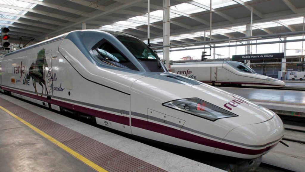 Arranca el AVE 'low cost' entre Zaragoza y Barcelona