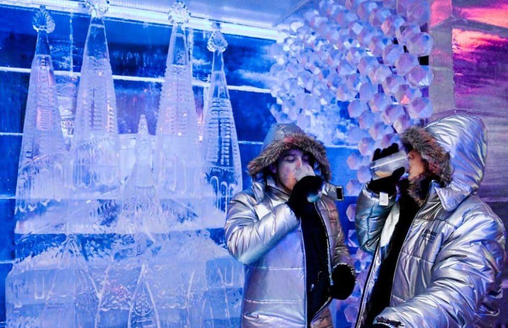 Ice Bar Barcelona: como salir de fiesta en el Polo Norte