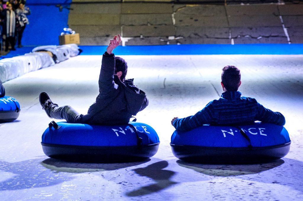 Un tobogán gigante, pista de hielo o circo de invierno: abre Kaliu Park, un parque lúdico navideño