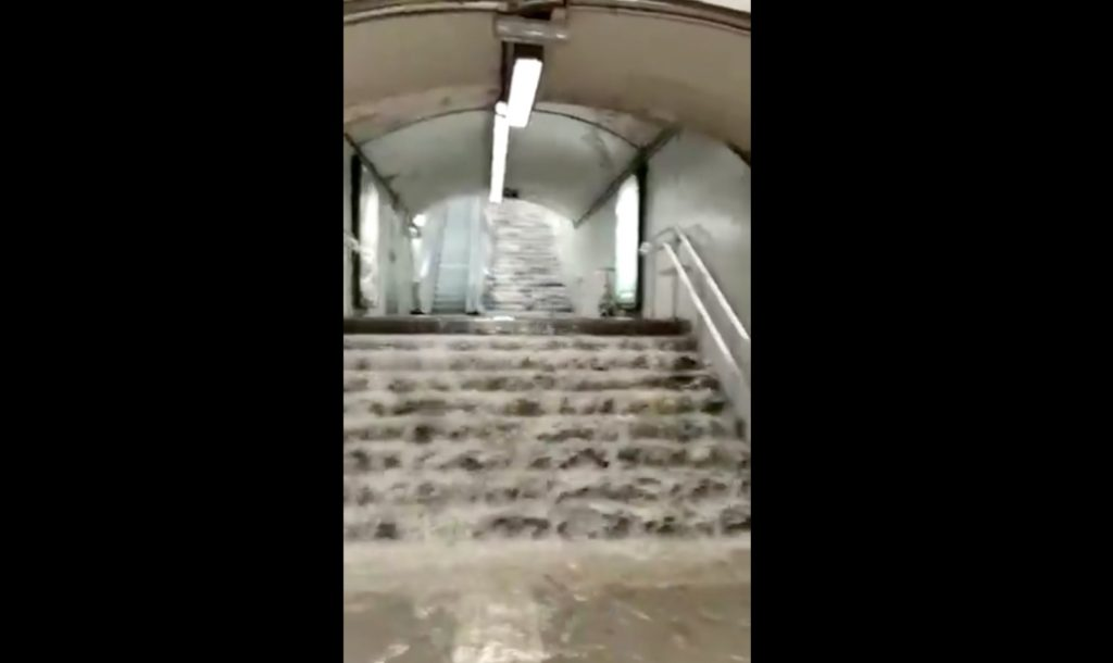 Así ha quedado el metro de Barcelona por las torrenciales lluvias