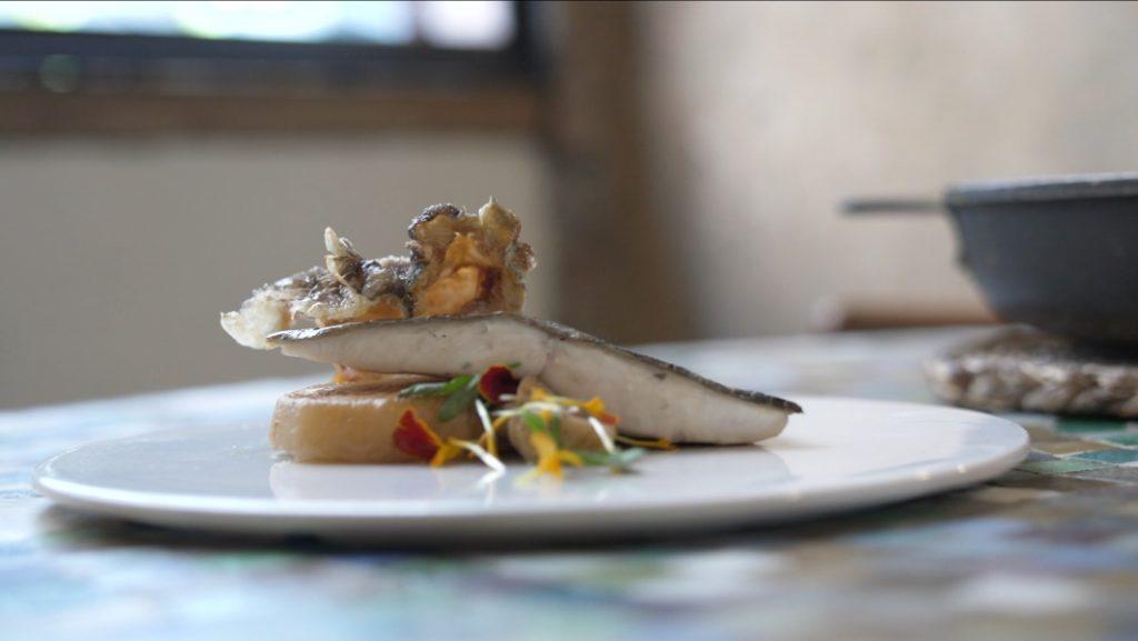 Del mar al plato en cuatro horas: así llega el mejor producto a la Barceloneta