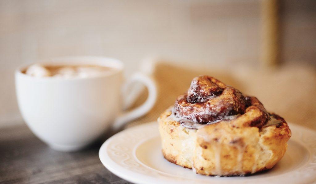 Esta pastelería regala 500 cinnamon rolls el sábado