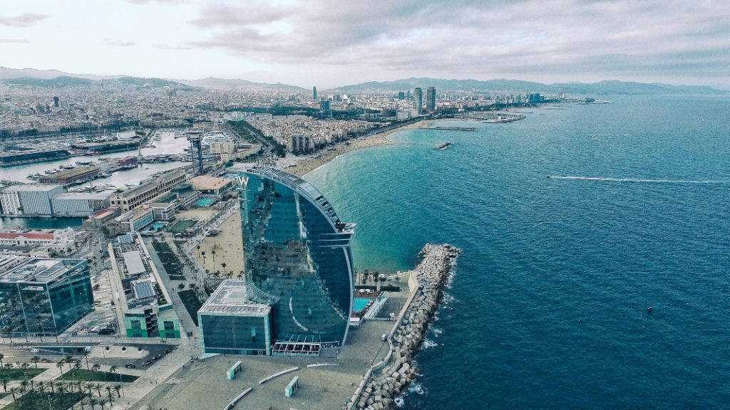 Barcelona compensa la cancelación del Mobile Congress con cientos de ofertas y descuentos