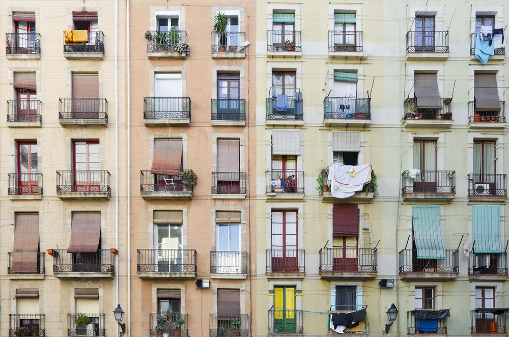 200 pisos turísticos de Barcelona acogerán a las familias más vulnerables