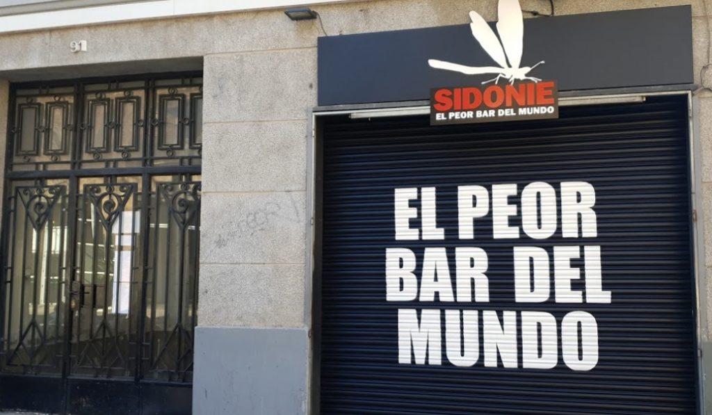 'El peor bar del mundo' está en Poblenou