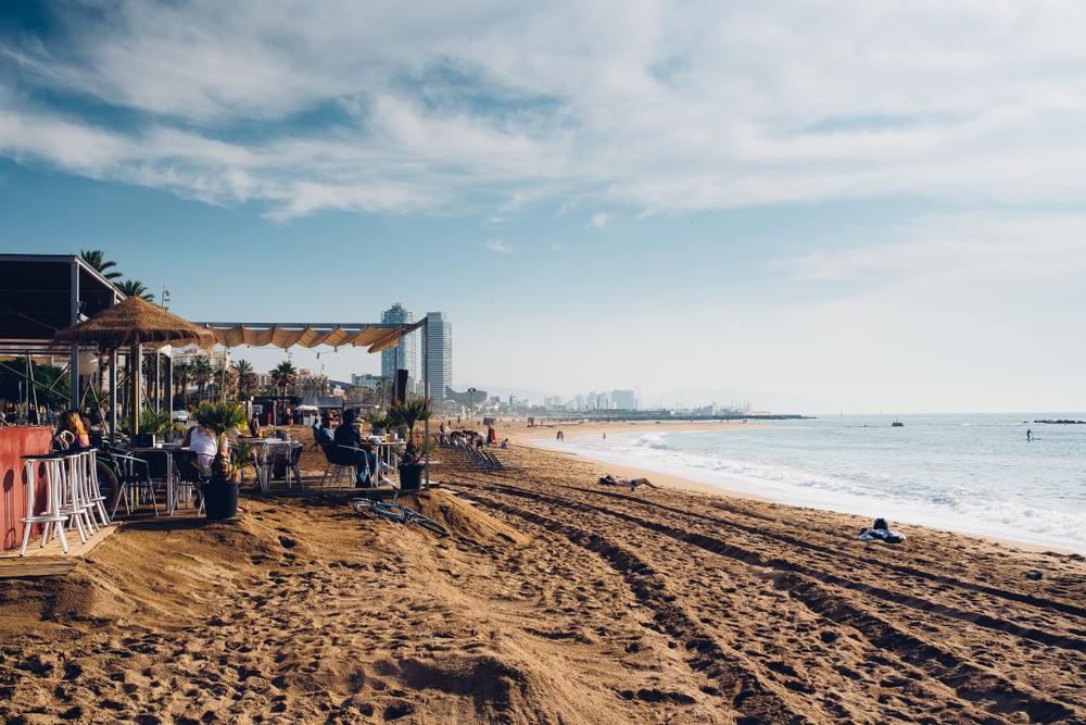 Los chiringuitos de las playas de Barcelona volverán a abrir a partir de mañana