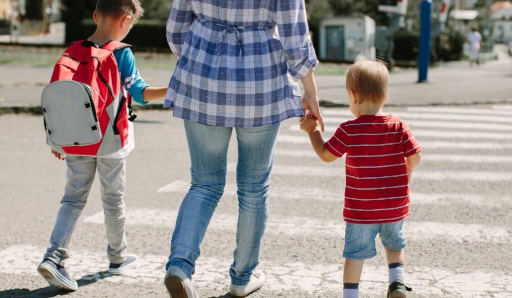 Los niños podrán acompañar a los adultos para ir a la compra o a la farmacia