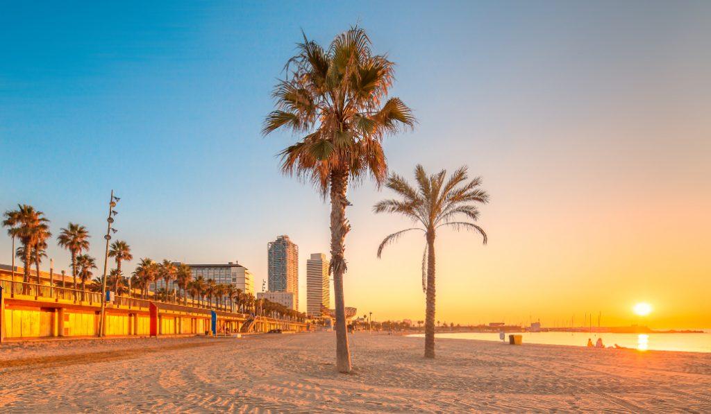 Qué puedo y qué no puedo hacer en las playas de Barcelona