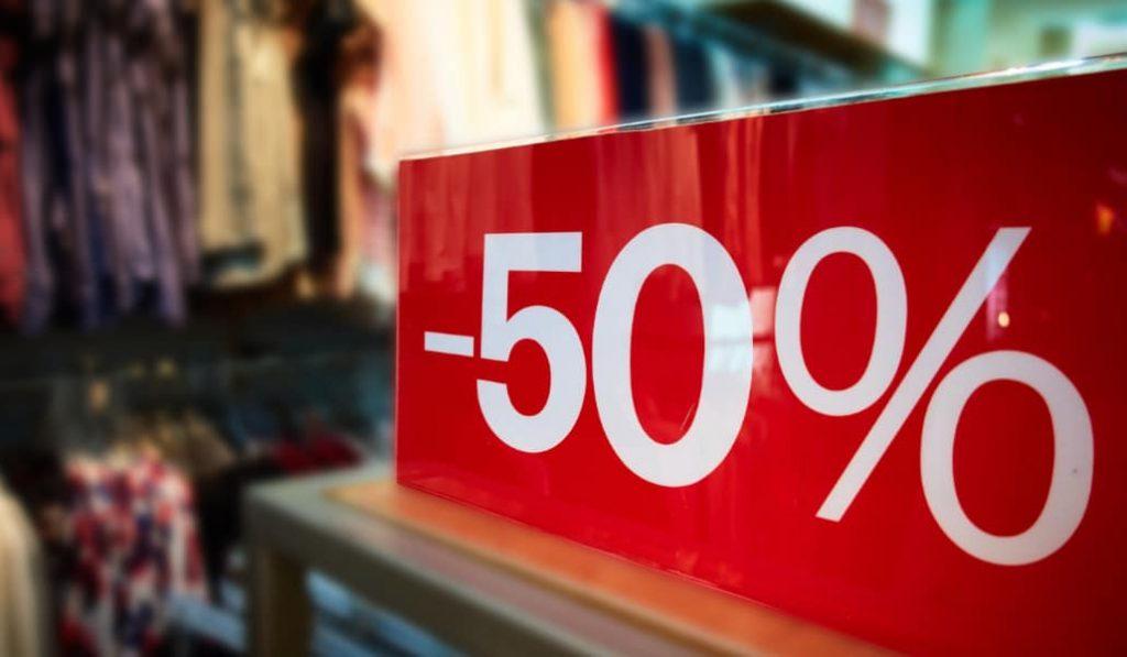 Se suspenden las rebajas en las tiendas de todo el país