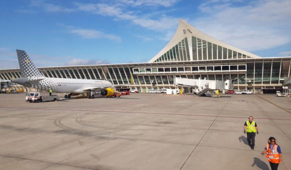 Cuarentena obligatoria de 14 días para los viajeros que lleguen del extranjero
