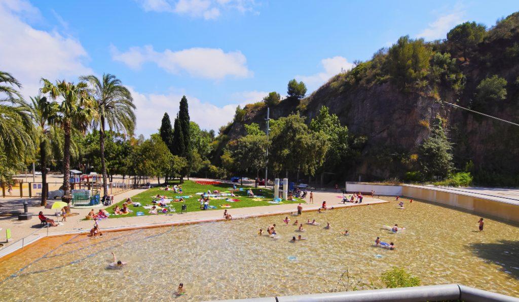 Reabre la espectacular piscina del parque de la Creueta del Coll