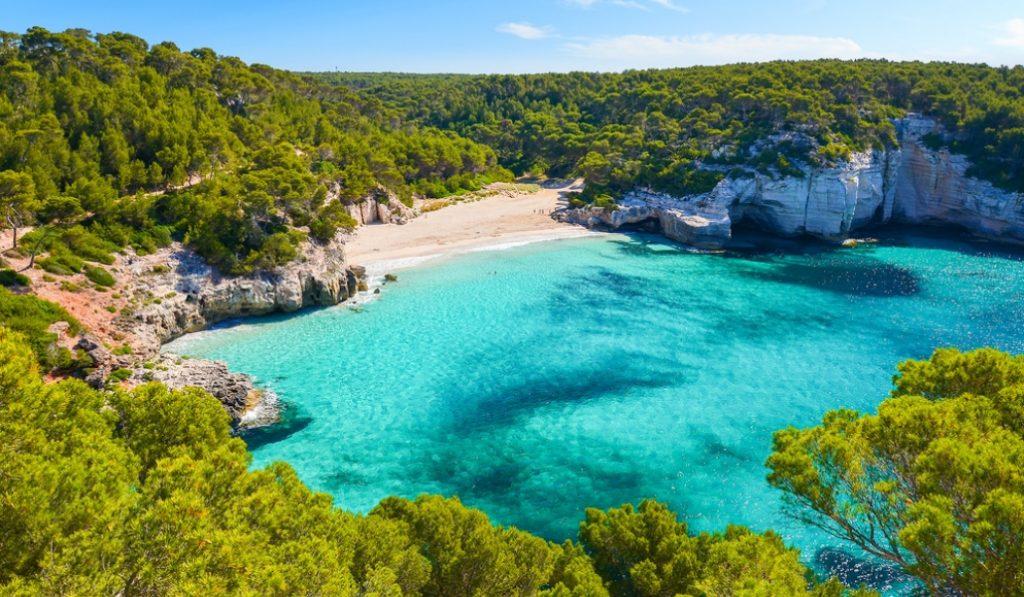 50 destinos espectaculares más cerca de lo que piensas