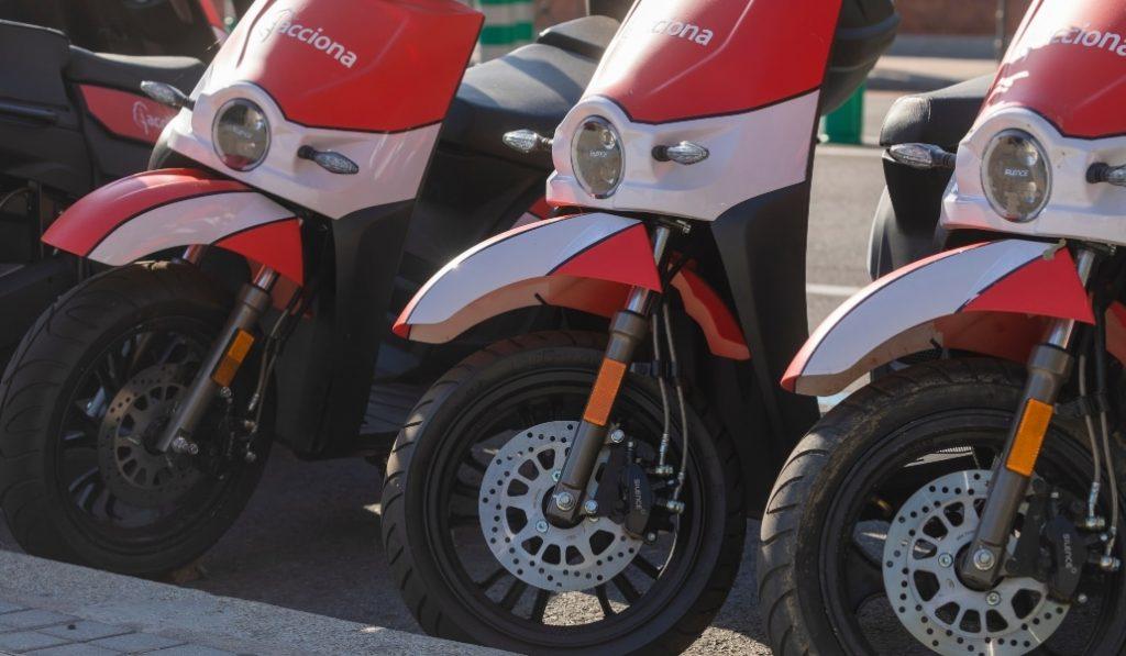 Motos eléctricas gratis en Barcelona: solo hoy