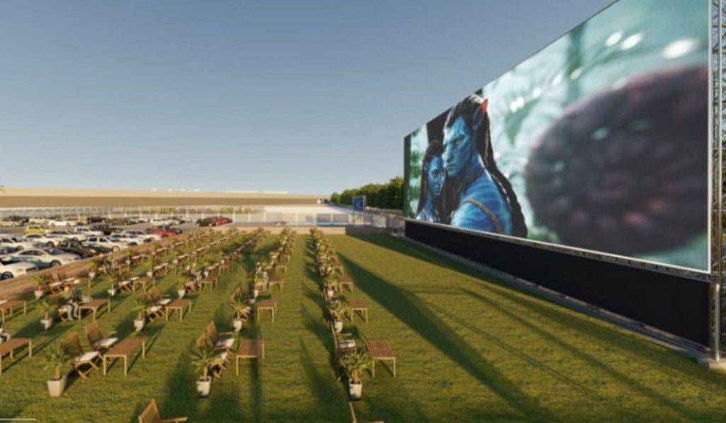 Cinemacar, el autocine con la pantalla más grande de Europa