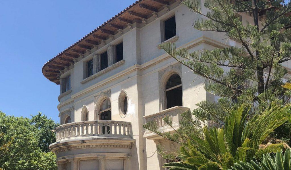 El hotel de 'La Sombra del Viento' llega a Barcelona