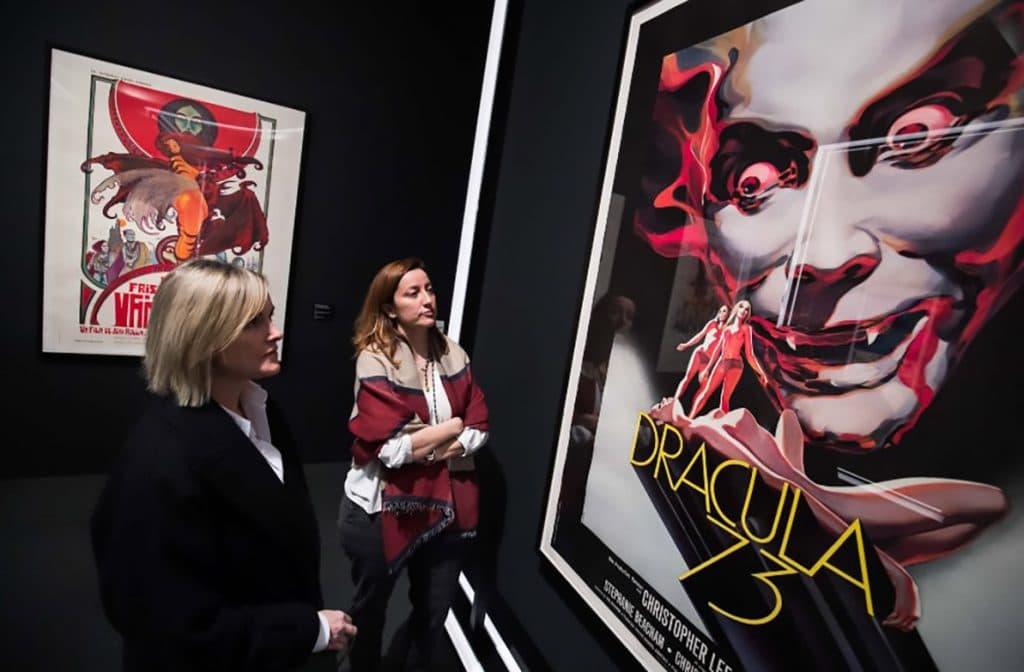 Llega al CaixaForum una tenebrosa exposición sobre vampiros