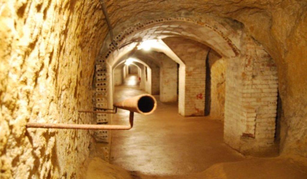 Reabre uno de los refugios antiaéreos mejor conservados de Barcelona