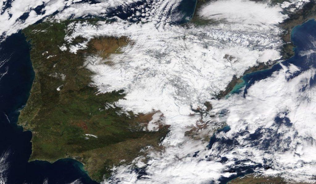 Así luce la península nevada desde un satélite de la NASA