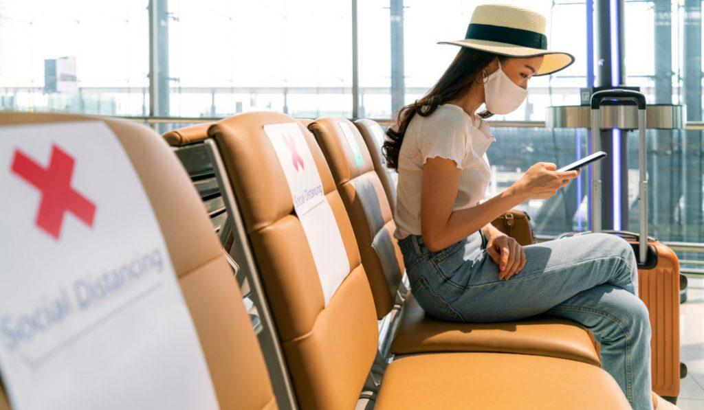 Ahora te podrás hacer la PCR directamente en el aeropuerto antes de viajar