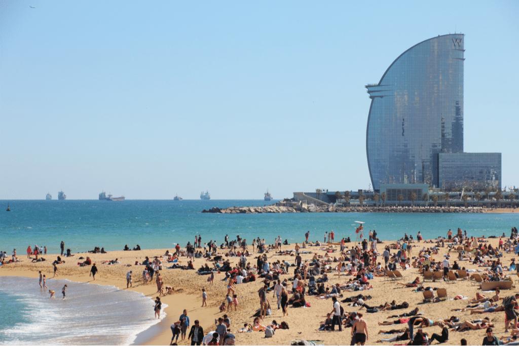 Barcelona volverá a controlar el aforo de sus playas