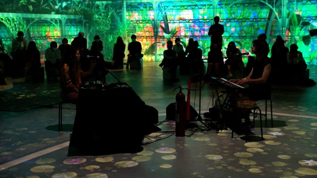 Kabarett Fledermaus ofrece un nuevo concierto pop fusionando arte y tecnología