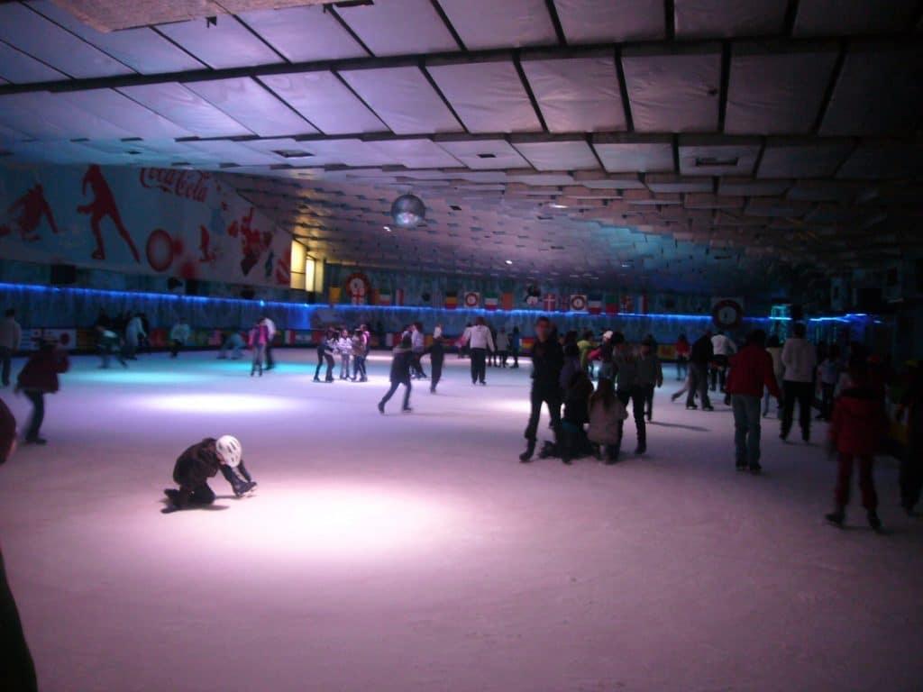 Cierra el mítico skating del Eixample tras 47 años de servicio