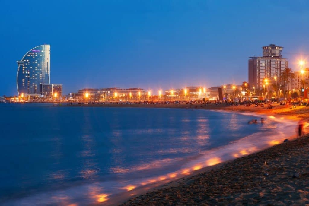 El barrio de la Barceloneta estará cerrado durante la noche de San Juan