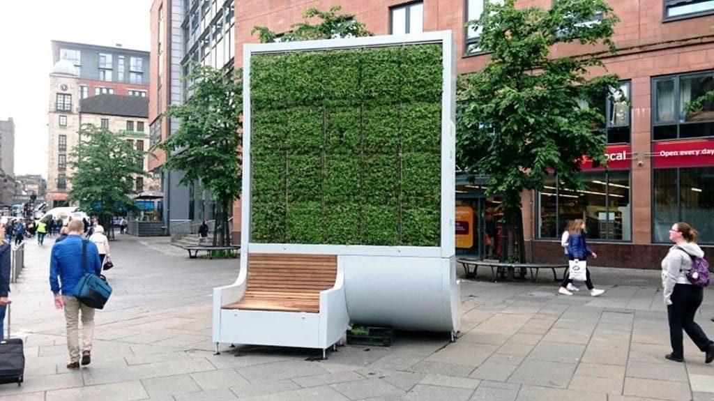 Un solo árbol artificial hace lo mismo que 275 naturales