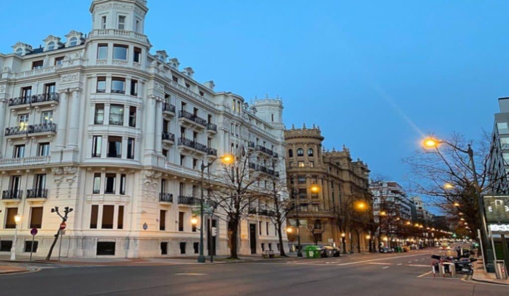 Fotos que nos enseñan la «Bilbao vacía» durante la cuarentena