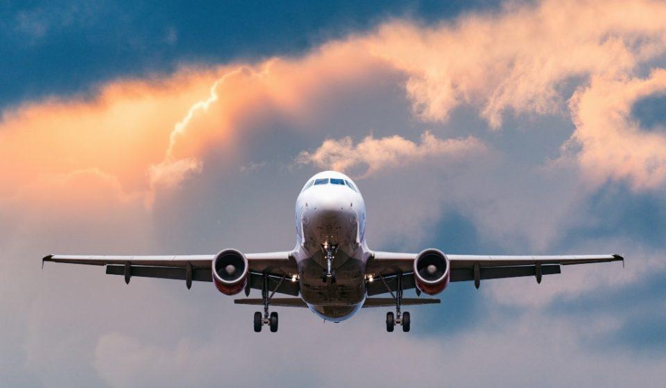 Llega desde China un avión cargado con 1,4 millones de mascarillas de Inditex