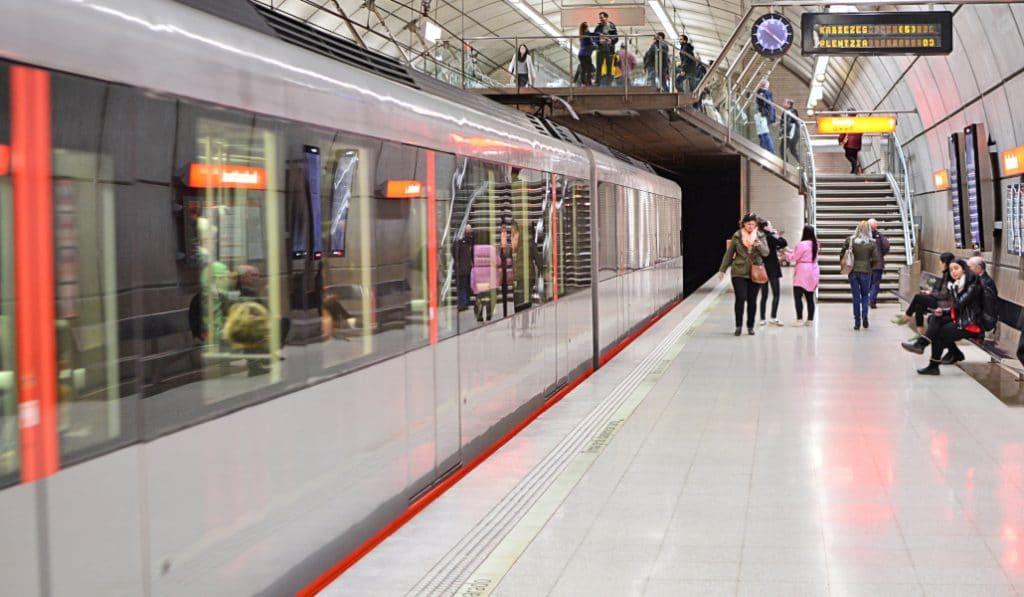 Metro Bilbao cumple 25 años de vida