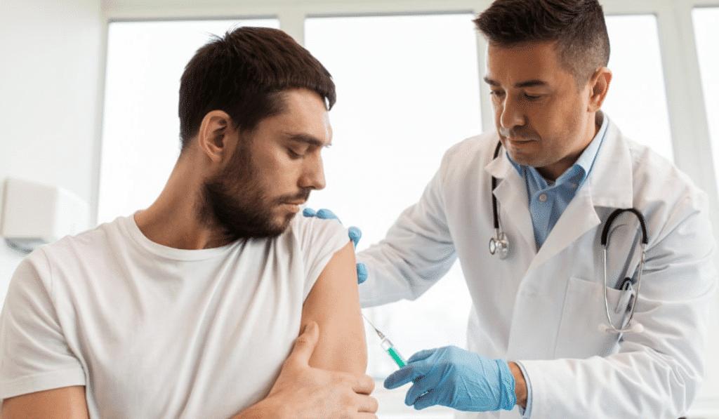 China y Estados Unidos empiezan a probar las primeras vacunas contra el coronavirus