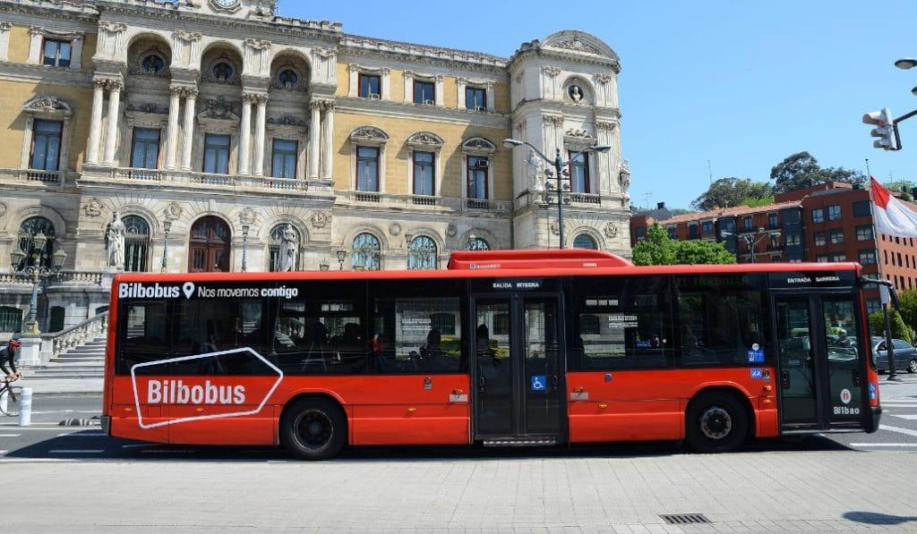 Bizkaitik Mugitu, el portal online que planifica recorridos en transporte público