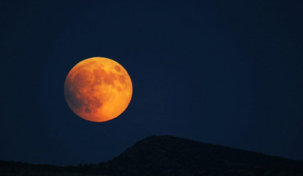 14 fotos del mundo que enseñan la super luna llena rosa