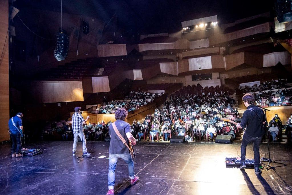 Vuelve «Aurrera Fest», el festival de artistas locales que tiene lugar en el Euskalduna