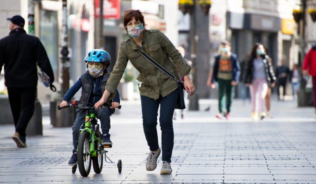 Euskadi es la comunidad autónoma que menos utiliza la mascarilla