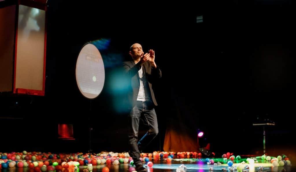 Jandro: el mago más famoso de la televisión llega al Teatro Campos Elíseos