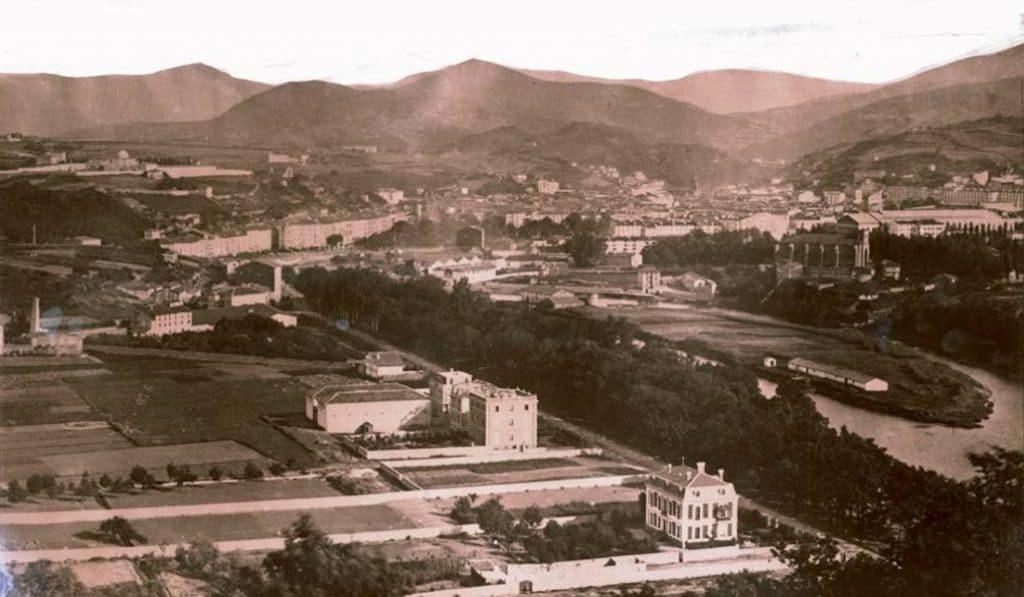 ¿Sabías que Bilbao tenía islas a su paso por la ría?