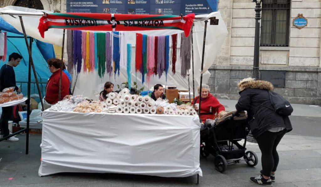 San Blás en Bilbao: día de tradición, cordones y dulces
