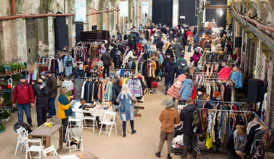 Vuelve a Bilbao el mayor mercado de ropa vintage por kilo de Europa