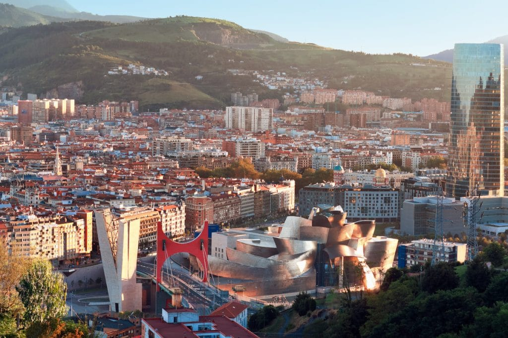 ¿Eres capaz de reconocer estos 10 monumentos de Bilbao viendo solo un detalle?