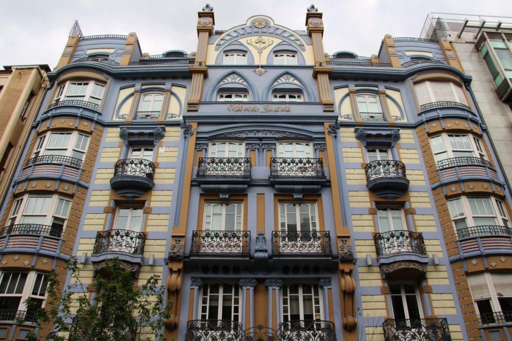 Edificio Guridi: todo un icono modernista de comienzos del siglo XX