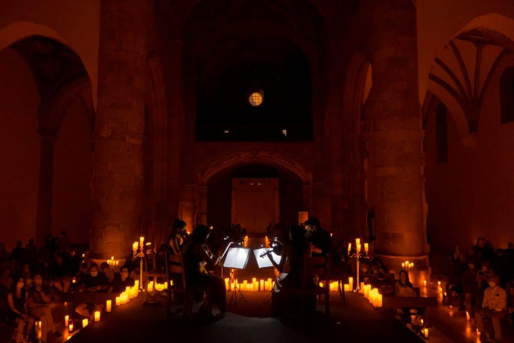 Llega a Bilbao un concierto de bandas sonoras de anime a la luz de las velas