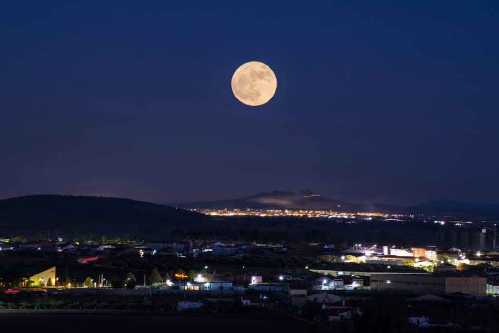 La «Superluna de flores» se podrá ver este miércoles en Bilbao