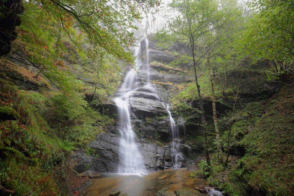 5 impresionantes cascadas de Bizkaia que debes visitar